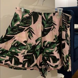 Floral Printed Flowy Shorts